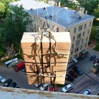 Подъем мебели в окно