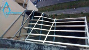 Каркас балкона из профилей кнауф